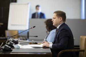 Sosiaali- ja terveysvaliokunta, puheenjohtaja Markus Lohi. Kuva Hanne Salonen, eduskunta
